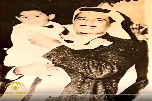 """شاهد.. صورة قديمة تجمع الملك سلمان وابنه الراحل الأمير """" أحمد"""""""