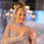ماذا قالت نيكول سابا عن ارتدائها فستان بـ 200 مليون جنيه ؟ – فيديو
