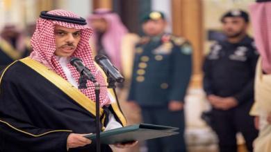 """Photo of وكالة """"رويترز"""" تكشف معلومات مثيرة عن أوامر """"الملك سلمان"""" … وسبب تعيين أمير من  آل سعود وزيراً للخارجية"""