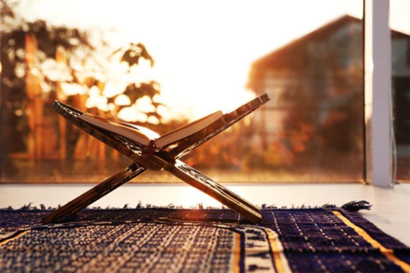 القرآن وشهر الصيام