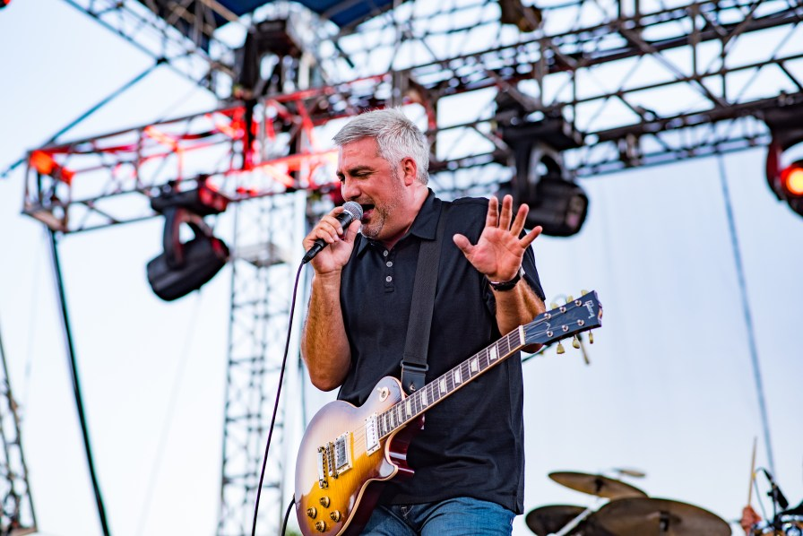 Taylor Hicks performs at the Schaeffer Eye Center CityFest. (Nik Layman/Alabama NewsCenter)