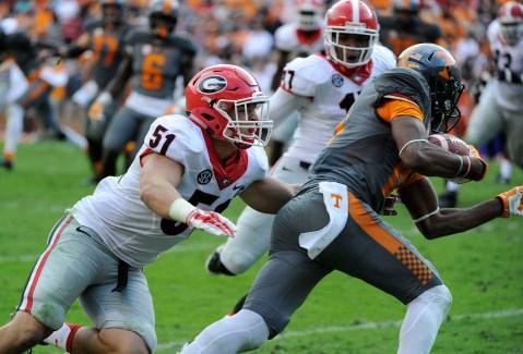 Georgia linebacker Jake Ganus (51) agaisnt Tennessee. (Photo by John Kelley)