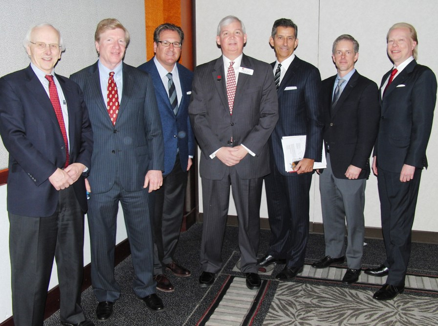 From left, Christopher Lee, Mike Graham, Robert Simon, Grayson Glaze, Jeffery Bayer and Bill Dobbins following the ACREcon 2016 morning panel discussion.