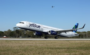 The first Airbus A321 aircraft assembled in Mobile makes its first test flight Monday. (Mike Kittrell/Alabama NewsCenter)