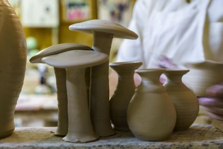 Handcrafted items from Tom Jones Pottery (Mark Sandlin/Alabama NewsCenter)