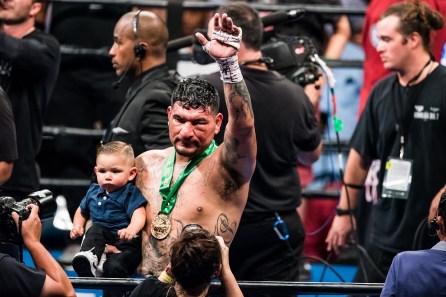 Chris Arreloa is applauded after the fight in Birmingham. (Nik Layman/Alabama NewsCenter)