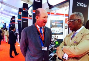 Birmingham Mayor William Bell speaks to Regions' executive John Turner at Farnborough in 2014. (contributed)