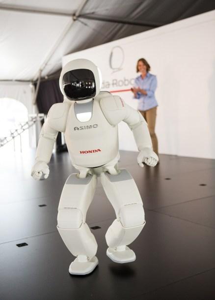 Honda's ASIMO robot demonstrates its capabilities at the Alabama assembly plant. (Honda)
