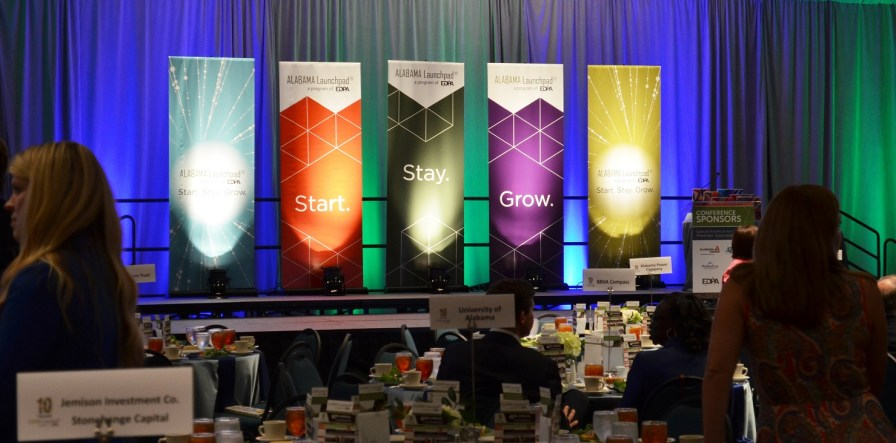 More than 500 attended the Alabama Innovation Awards at the Birmingham-Jefferson Convention Complex. (Michael Tomberlin / Alabama NewsCenter)