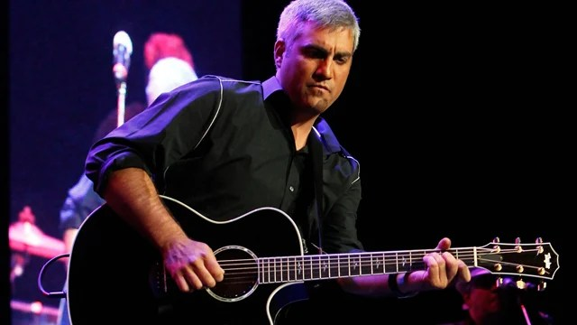 Taylor Hicks will perform live in Birmingham on Oct. 28. He'll sing the music of Van Morrison. (Photo/provided)
