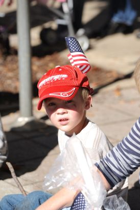 This little one pays homage to American service men and women. (Alabama NewsCenter/file)