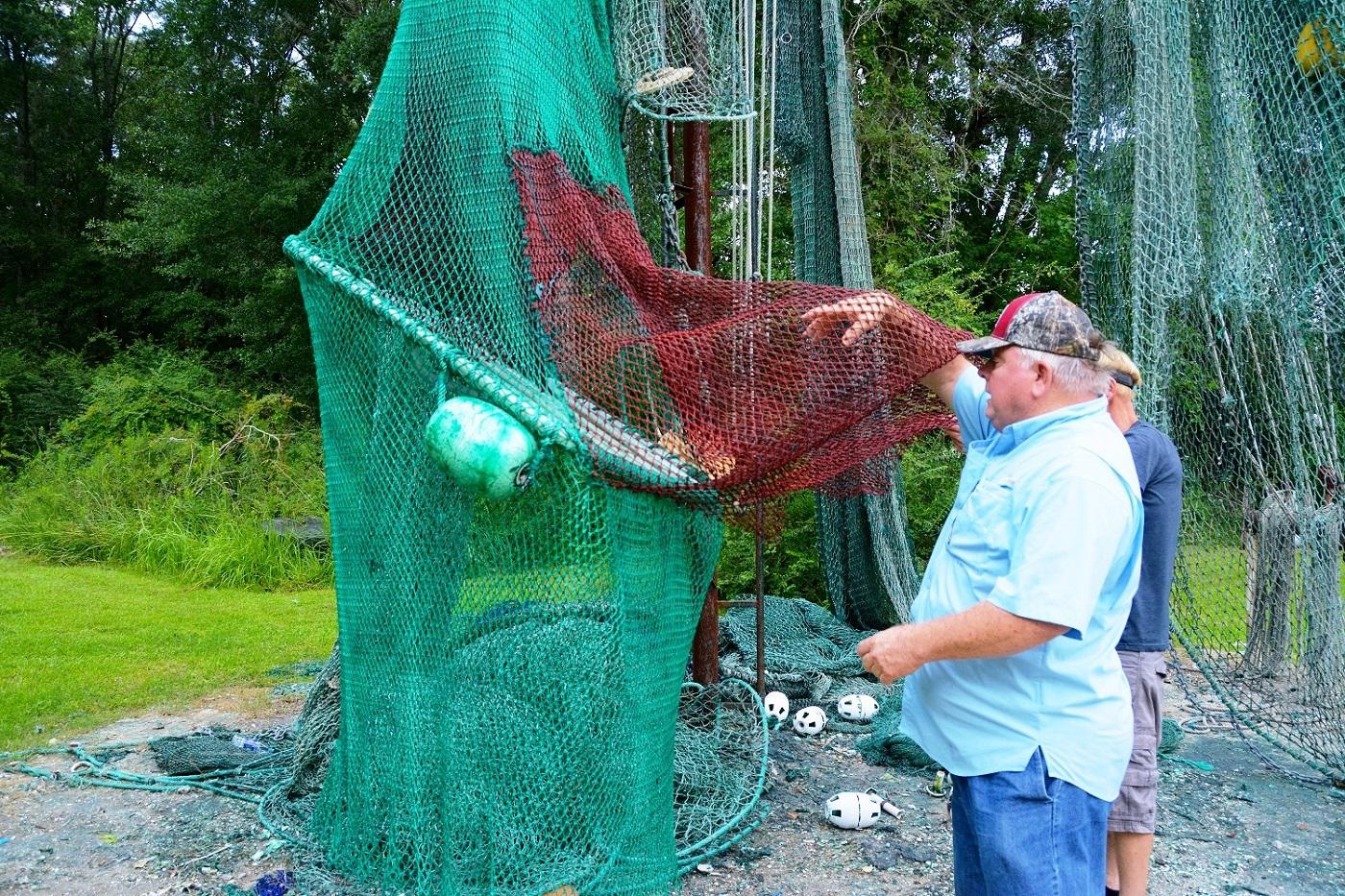 Shrimp net-making is still alive in Bayou La Batre - Alabama NewsCenter