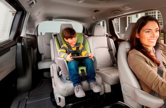 The 2018 Honda Odyssey got an exterior redesign and several new interior features. (Honda)