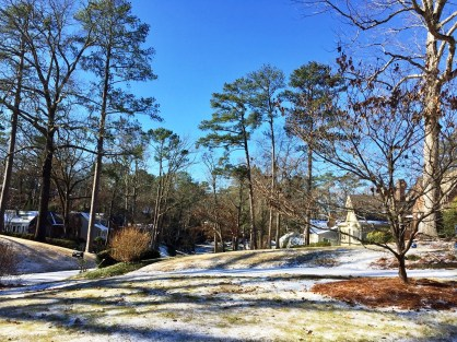 A Homewood neighborhood sports a winter coat on Saturday. (Bob Blalock/Alabama NewsCenter)