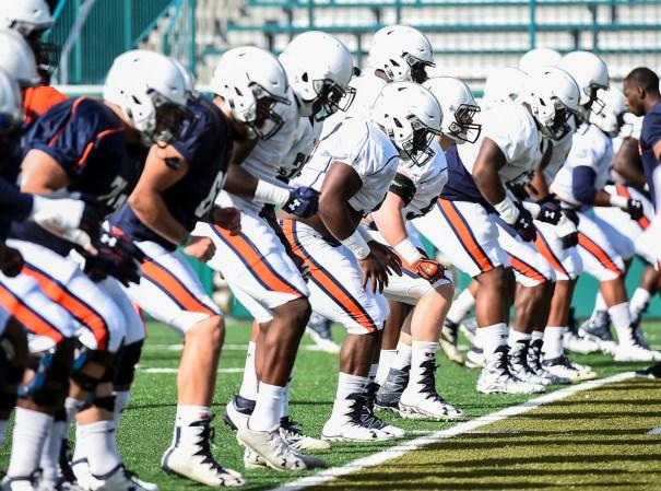 Auburn practices for the Sugar Bowl. (Wade Rackley/Auburn Athletics)