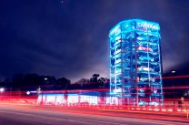 The Houston car vending machine stands tall. (Carvana)