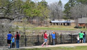 Trails and paths provide great exercise. (Donna Cope / Alabama NewsCenter)