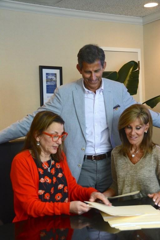 Jeffrey Bayer with Sallie Downs and Gail Bayer. (Karim Shamsi-Basha / Alabama NewsCenter)