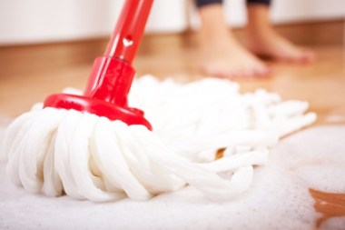 Household chores should wait. (Getty Images)