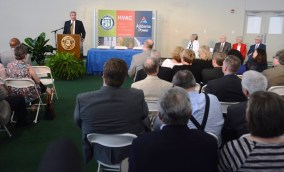 Alabama Power CEO Mark Crosswhite speaks during the ceremony. (Karim Shamsi-Basha / Alabama NewsCenter)