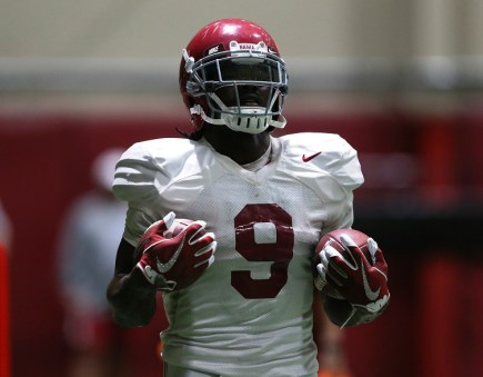 Crimson Tide running back Bo Scarbrough practices in pads. (Shelby Akin/UA Athletics)