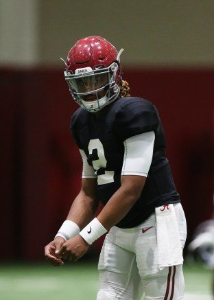 Alabama quarterback Jalen Hurts practices in pads. (Shelby Akin/UA Athletics)
