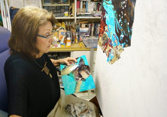 Jeannie Maddox still paints Swimmers but has added other natural distortion to her art. (Mark Sandlin / Alabama NewsCenter)