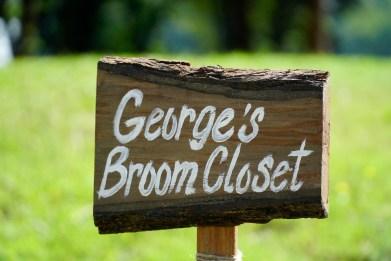 George Jones Jr.'s George's Broom Closet makes a variety of brooms the old-fashioned way. (Mark Sandlin / Alabama NewsCenter)
