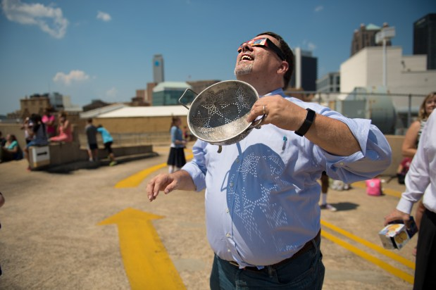 Colander lensing by Wayne Rogers at McWane Science Center. (Phil Free / Alabama NewsCenter)