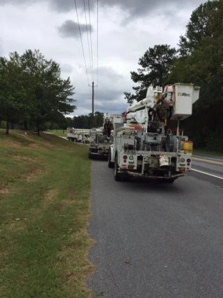 Crews work to restore power to customers who lost service during Tropical Storm Irma. (Linda Brannon/Alabama NewsCenter)