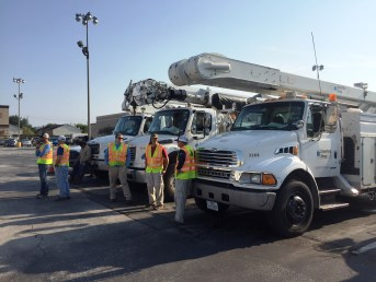 Alabama Power crews are using air boats and jon boats to assist CenterPoint Energy in restoring power after Hurricane Harvey. (Jason Carlee/Alabama Power)