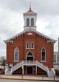 Dexter Avenue King Memorial Baptist Church in Montgomery, 2005. (The George F. Landegger Collection of Alabama Photographs in Carol M. Highsmith's America, Library of Congress, Prints and Photographs Division)