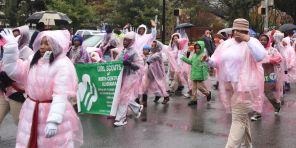 Rain couldn't stop Magic City Classic parade participants. (Solomon Crenshaw Jr./Alabama NewsCenter)