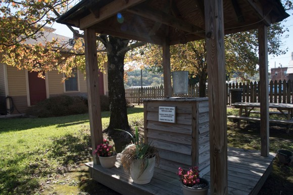 A replica of Leeds' old city well. Leeds officials are careful to preserve the city's historical character. (Brittany Faush / Alabama NewsCenter)