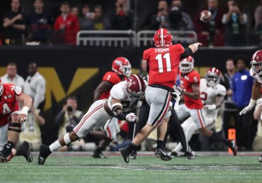 Alabama linebacker Terrell Lewis (24) in the National Championship Game. (Crimson Tide Photos)