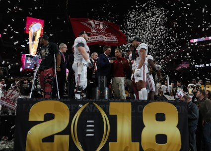 Alabama Crimson Tide players and coaches celebrates the National Championship Game victory. (Crimson Tide Photos)