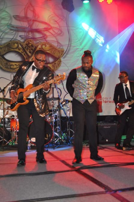 Musician/singer Alvin Garrett and singer Logan the Entertainer perform. (Photo courtesy The Birmingham Times)