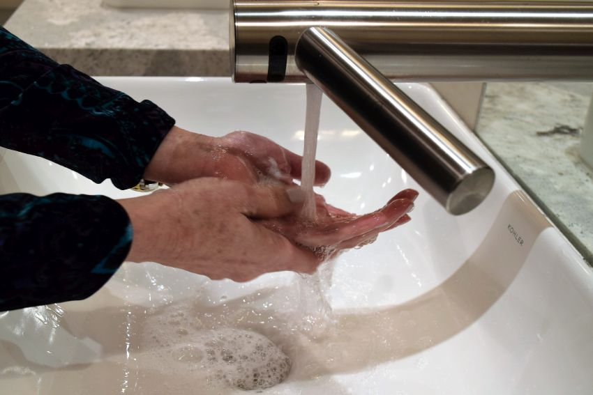 Rinse well with warm water. (Donna Cope/Alabama NewsCenter)