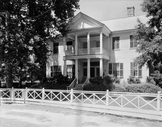 The main house on the Dellet Plantation in Claiborne, Monroe County, was built between 1835 and 1840 by lawyer, politician, and planter James Dellet, who served as the first Speaker of the Alabama House of Representatives in 1819. The town of Claiborne was a bustling center of business and civic life in the early years of Alabama's statehood, but it is now abandoned; the Dellet house is the only remaining residence there. (From Encyclopedia of Alabama, Library of Congress)