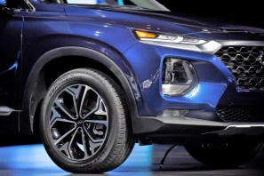 The new Hyundai Santa Fe is displayed during the 2018 New York International Auto Show. (Michael Noble Jr./Bloomberg)