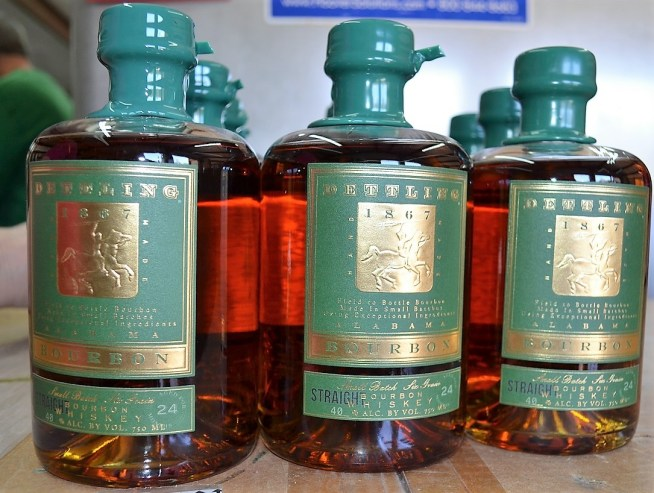 Dettling just began bottling Alabama straight bourbon. (Michael Tomberlin / Alabama NewsCenter)