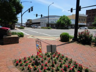 A recent $3.1 million renovation brought out downtown Fayette's charm through new sidewalks, landscaping, decorative lighting and storefront improvements. (City of Fayette)