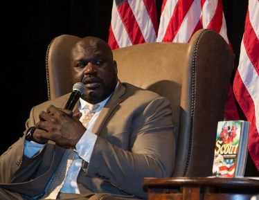 Former NBA player Shaquille O'Neal speaks at the 2017 luncheon. (Boy Scouts)