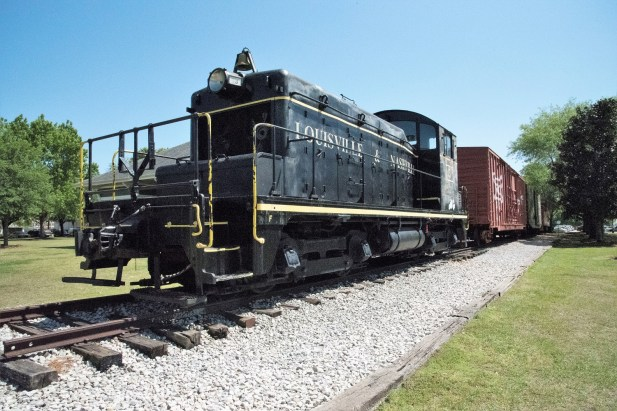 Attractions large and small give visitors to Foley plenty to see and do. (Brittany Faush/Alabama NewsCenter)