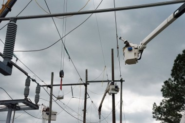 Alabama Power's Birmingham Division linemen keep the lights on for the heavily populated area's customers. (Brittany Faush/Alabama NewsCenter)