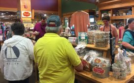 Customers enjoy the free samples Priester's offers. (Keisa Sharpe/Alabama NewsCenter)