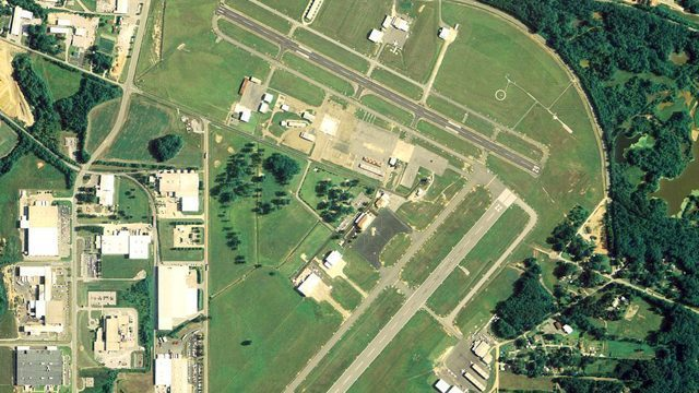 On this day in Alabama history: Commercial service began at Tuscaloosa airport