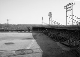 View of the Rickwood playing field showing home plate, pitcher's mound, right field and stands, 1993. (Photograph by Jet Lowe, Library of Congress, Prints and Photographs Division)