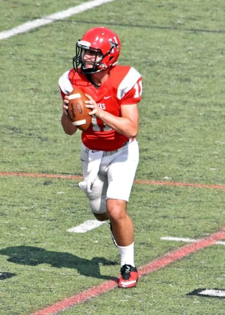 Preston Samoden is one of three Hawks contending for the starting quarterback job this season.(Huntingdon College Athletics)