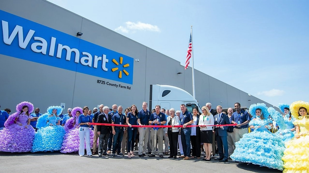 Walmart opens $135 million distribution center in Alabama